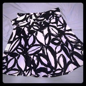 Esprit black and white belted A line career skirt